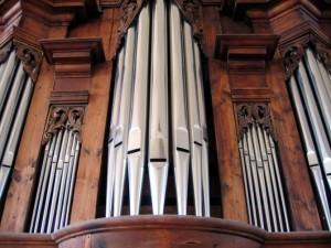 funeral-music-poetry-readings_organ